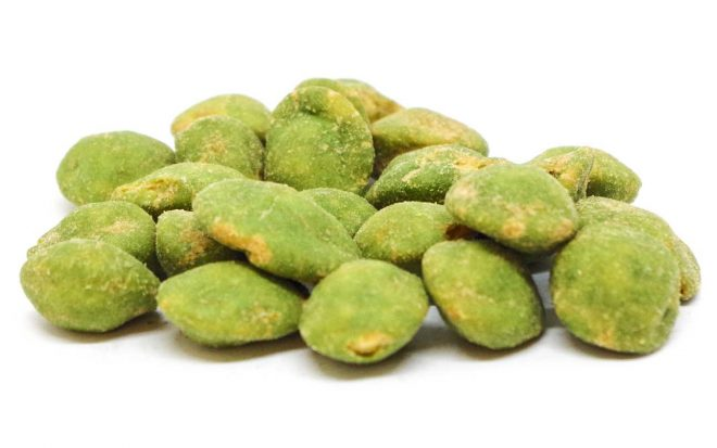 Erdnusskerne im Teigmantel